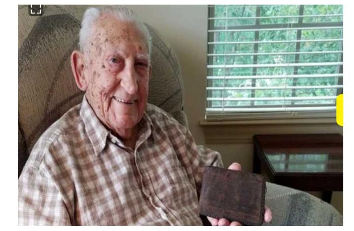 दोस्रो विश्वयुद्धमा हराएको पर्स ७७ वर्षपछि भेटिएपछि ……